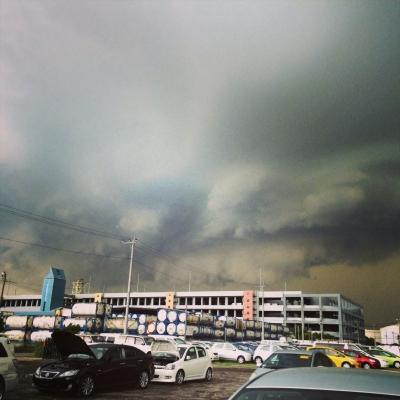 嵐の前触れ