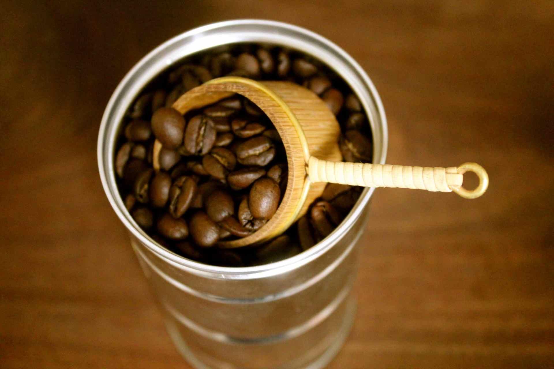 コーヒー豆とメジャー