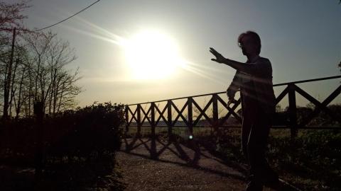 朝陽のなかで自由に (3)