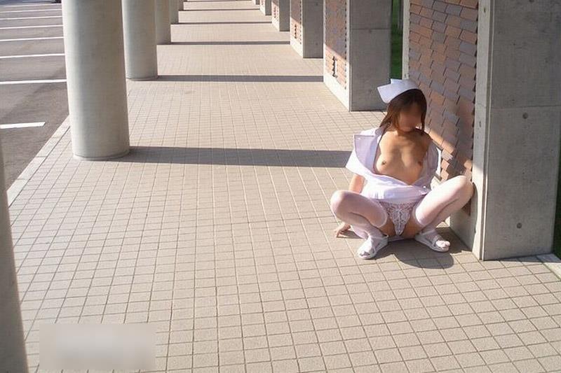 【野外露出趣味女画像43】