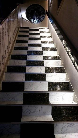 アリス階段