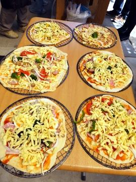 ピザ作り体験、愛菜塾2