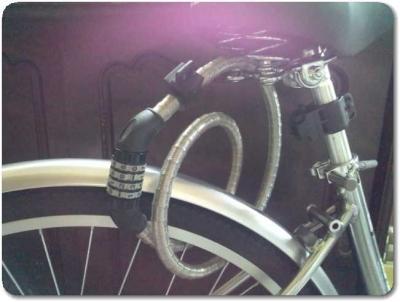 自転車ワイヤーロック極太取り付け2