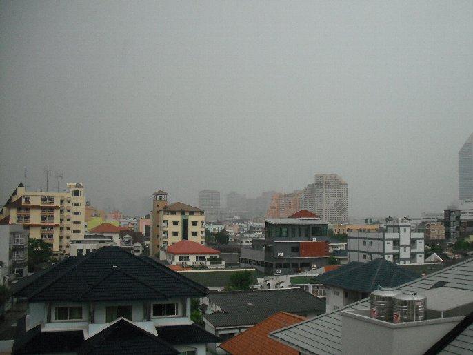 雨季なバンコク