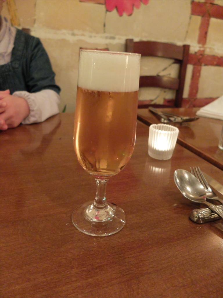 最初はビールから