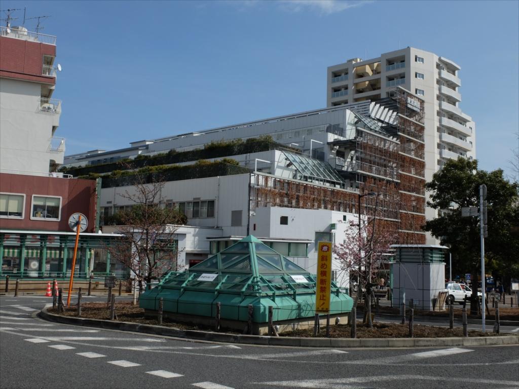 大岡山駅と東急病院_1