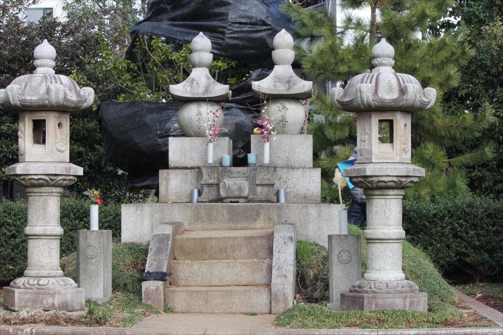勝海舟の墓_1