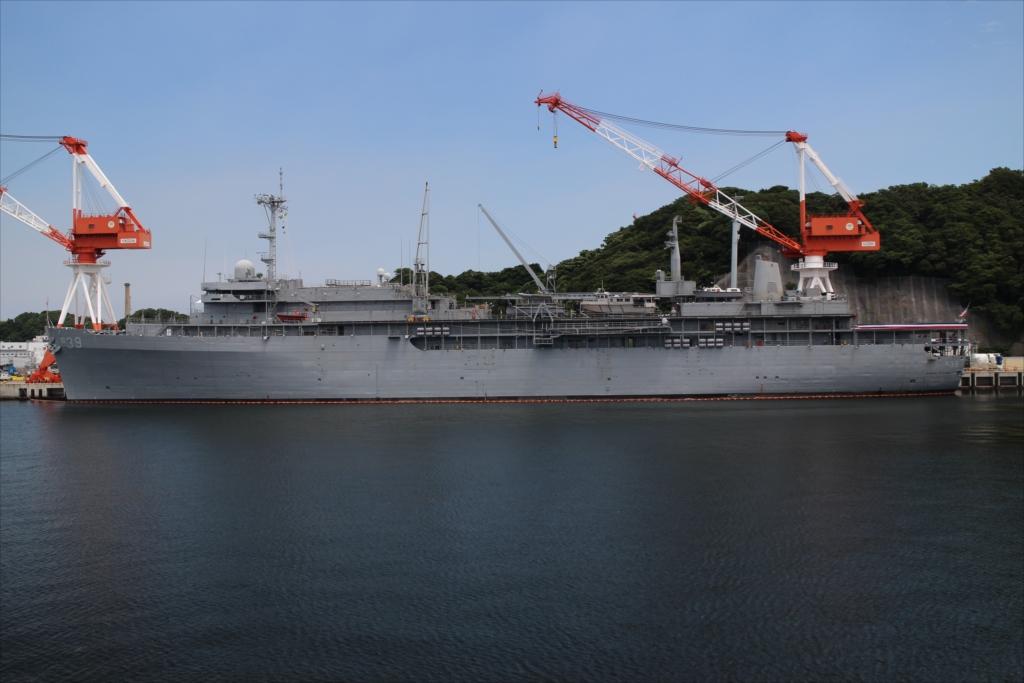 エモリー・S・ランド級潜水艦母艦のUSS Emory S. Land_1