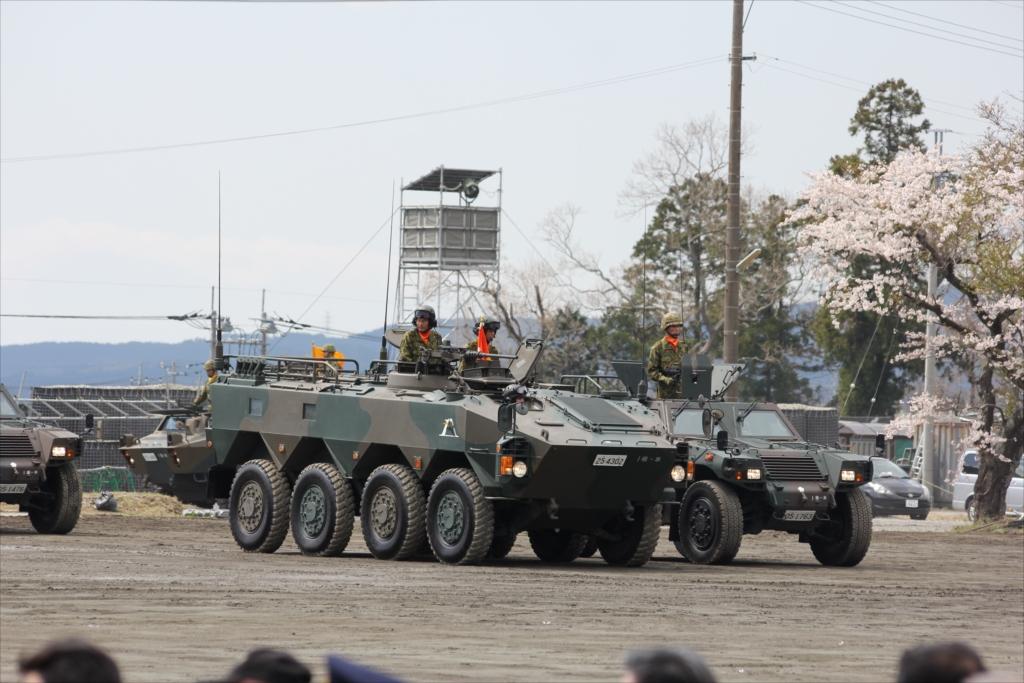 パレード参加のための各種車両の大移動_24