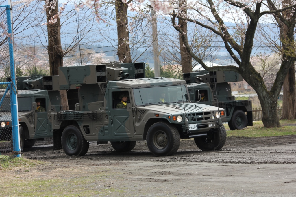高機動車に搭載した93式近距離地対空誘導弾、通称「SAM」_1