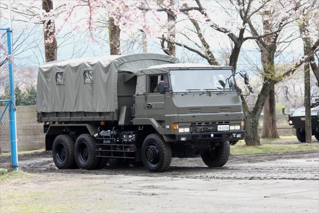 兵員輸送用トラック