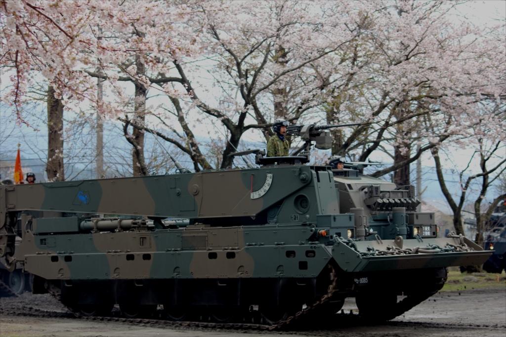 90式戦車回収車_2