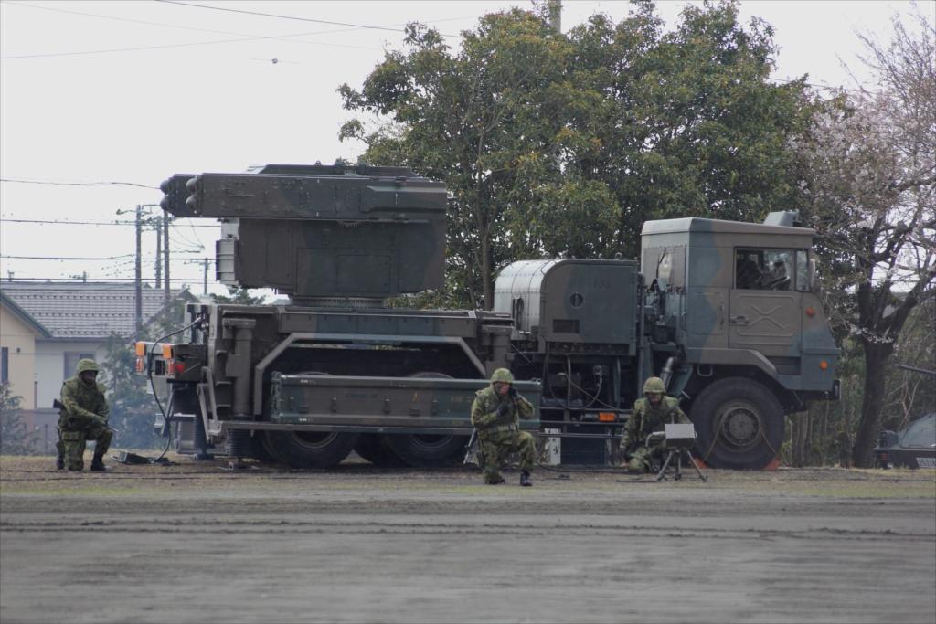 81式短距離地対空誘導弾(C)と発射装置搭載車両_2