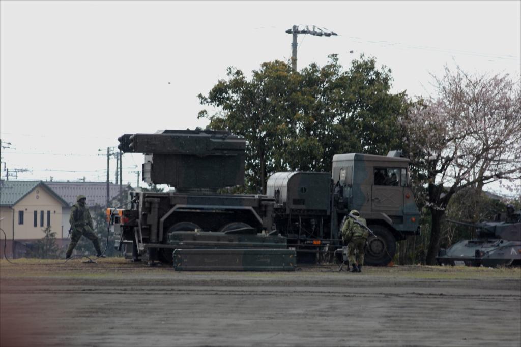 81式短距離地対空誘導弾(C)と発射装置搭載車両_3