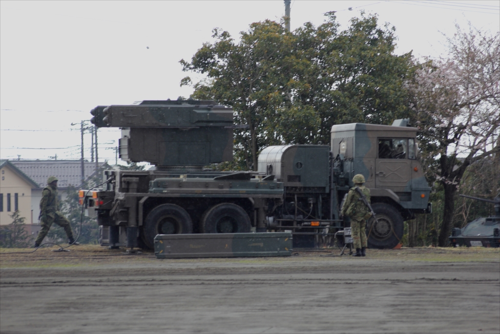 81式短距離地対空誘導弾(C)と発射装置搭載車両_5