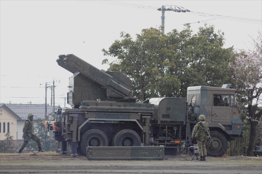 81式短距離地対空誘導弾(C)と発射装置搭載車両_6