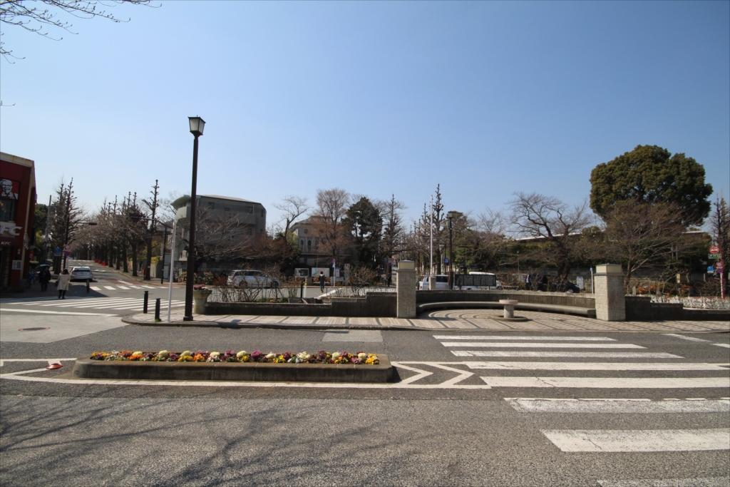 駅前(ロータリー側)の様子_2