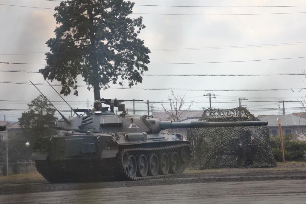 74式戦車や90式戦車の投入_1