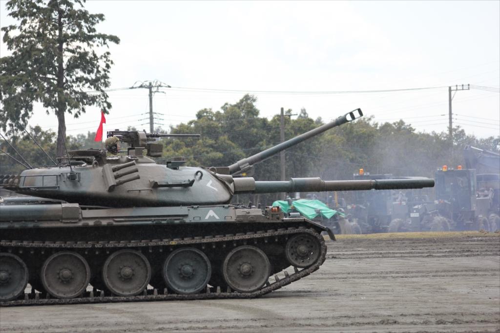 再度戦車の登場_10