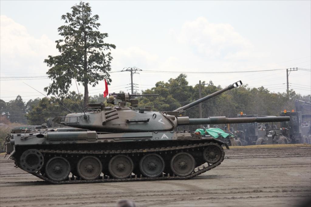再度戦車の登場_11
