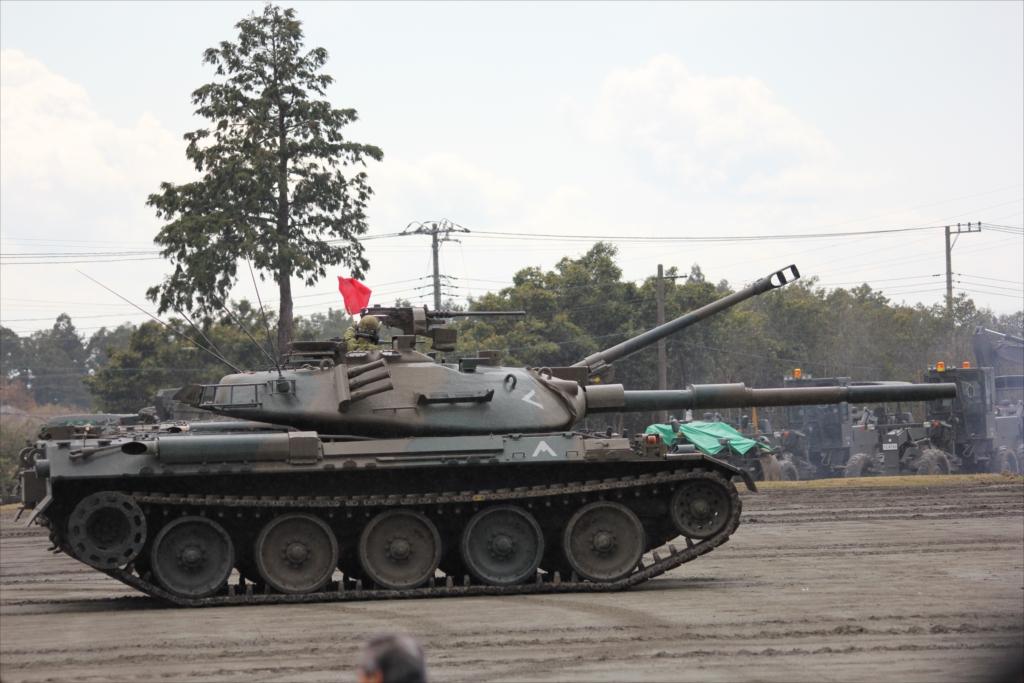 再度戦車の登場_12