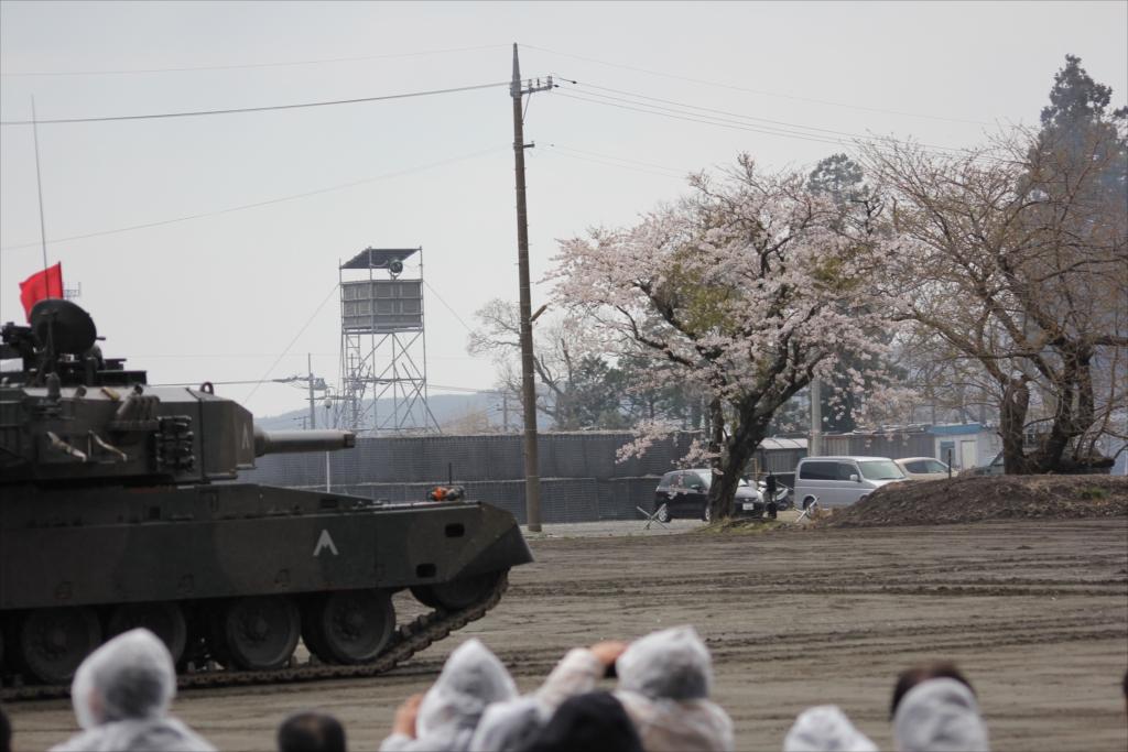 再度戦車の登場_18