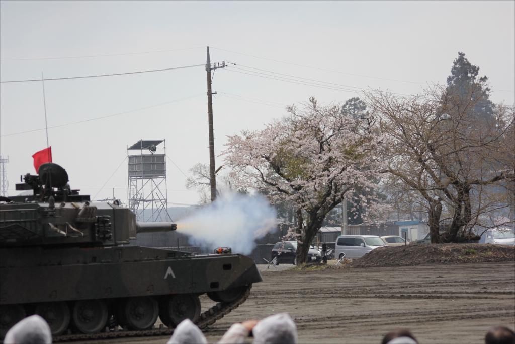 再度戦車の登場_19