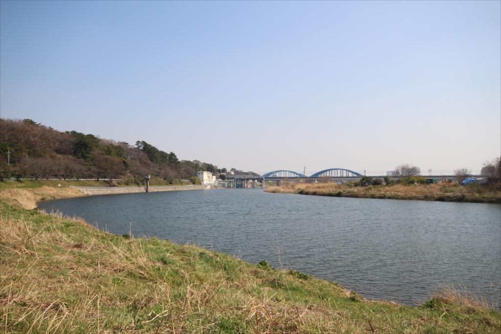 河川敷からの辺りからの眺めは抜群_7