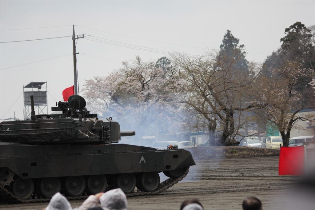 再度戦車の登場_22