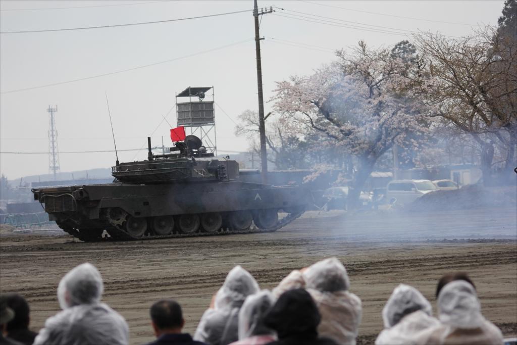 再度戦車の登場_26