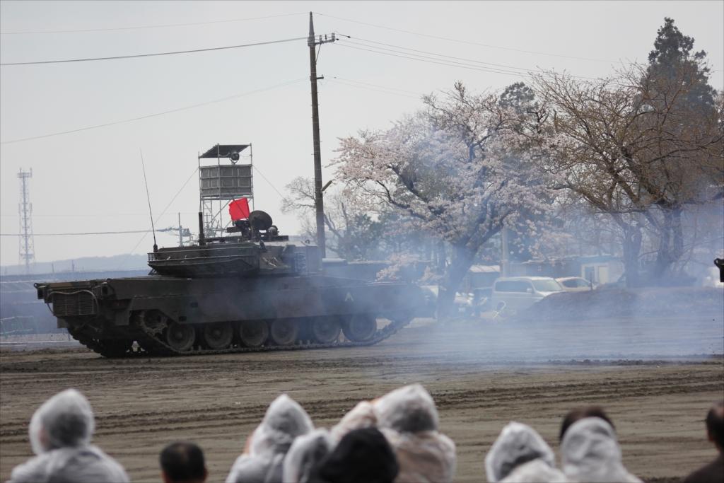 再度戦車の登場_27