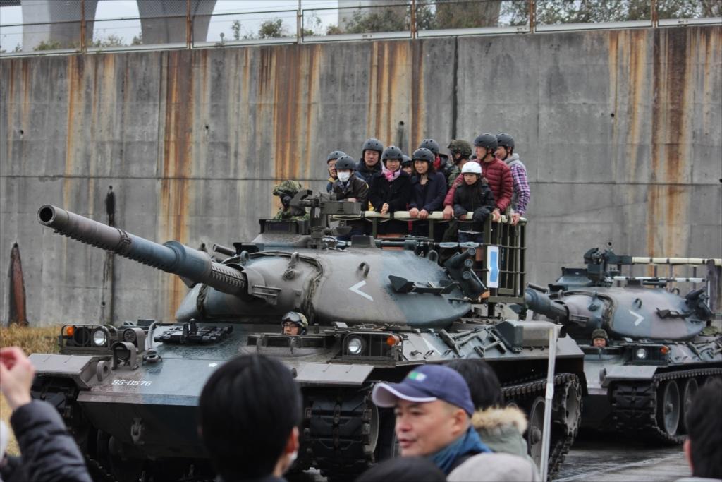 戦車試乗_10