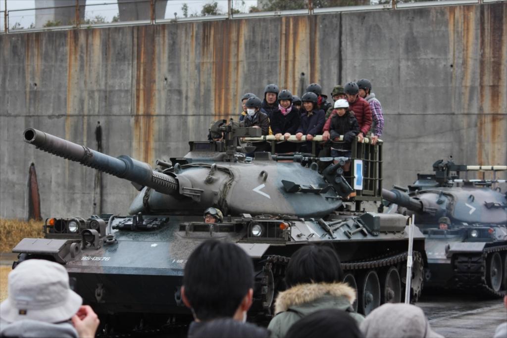 戦車試乗_11