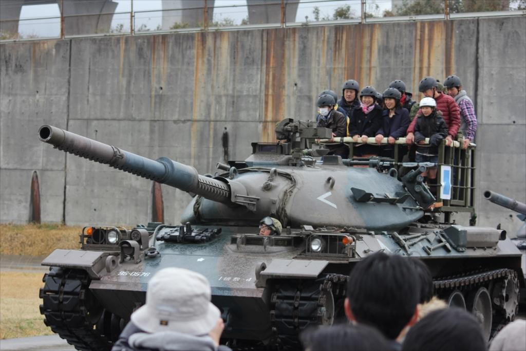 戦車試乗_13