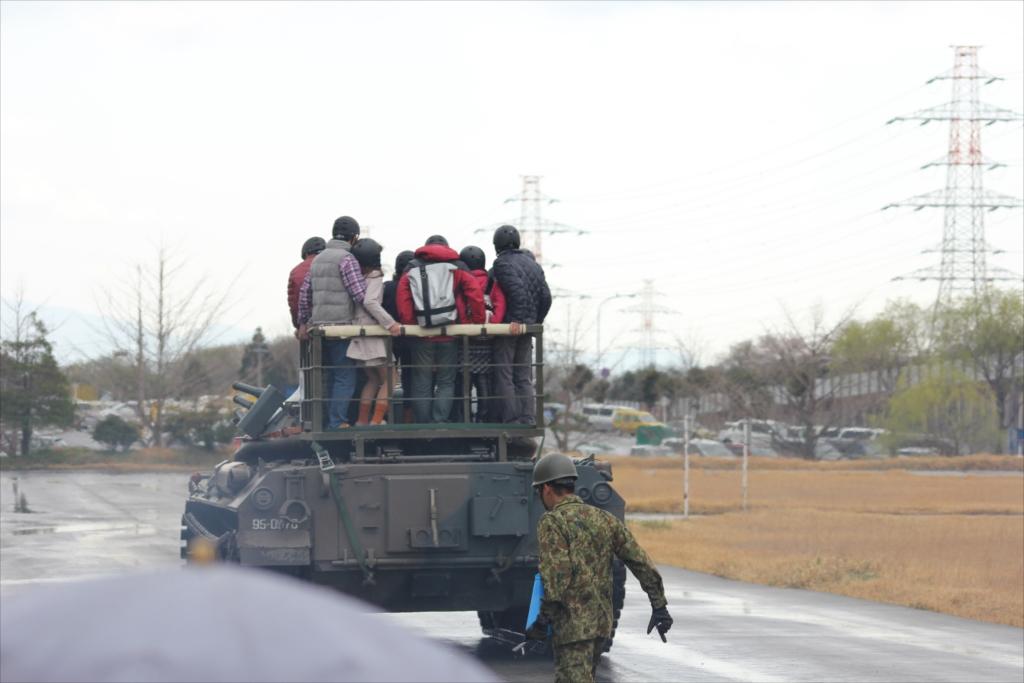 戦車試乗_16