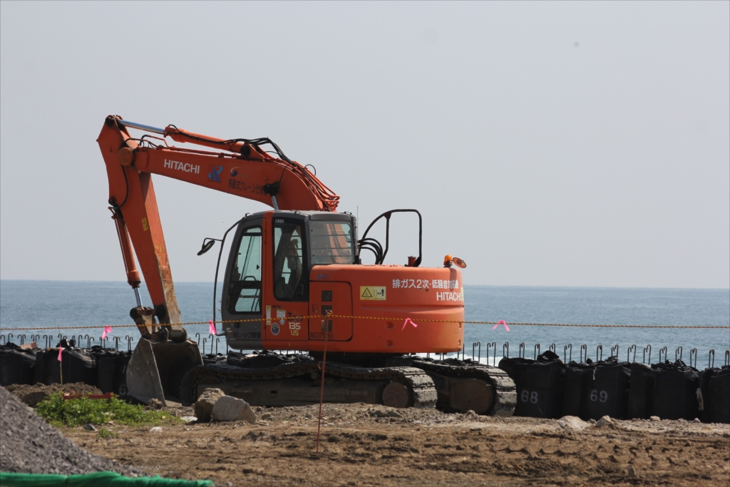 防波堤も再建が終了したわけではない_2