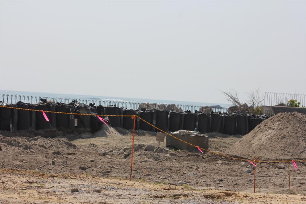 防波堤も再建が終了したわけではない_4