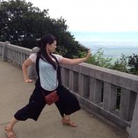 yahikoyama_pose1.jpg