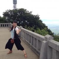 yahikoyama_pose3.jpg