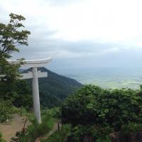 yahikoyama_torii2.jpg