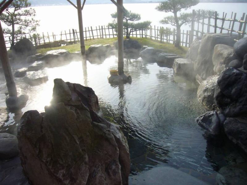 はわい温泉 千年亭 千年の湯 湖上露天風呂