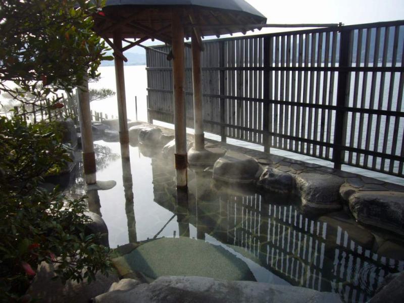 はわい温泉 千年亭 先年の湯 湖上露天風呂