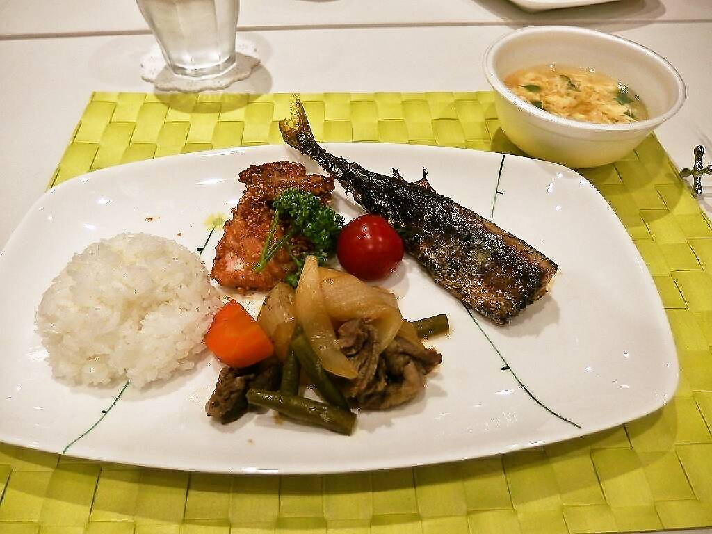 foodpic5299555s-.jpg