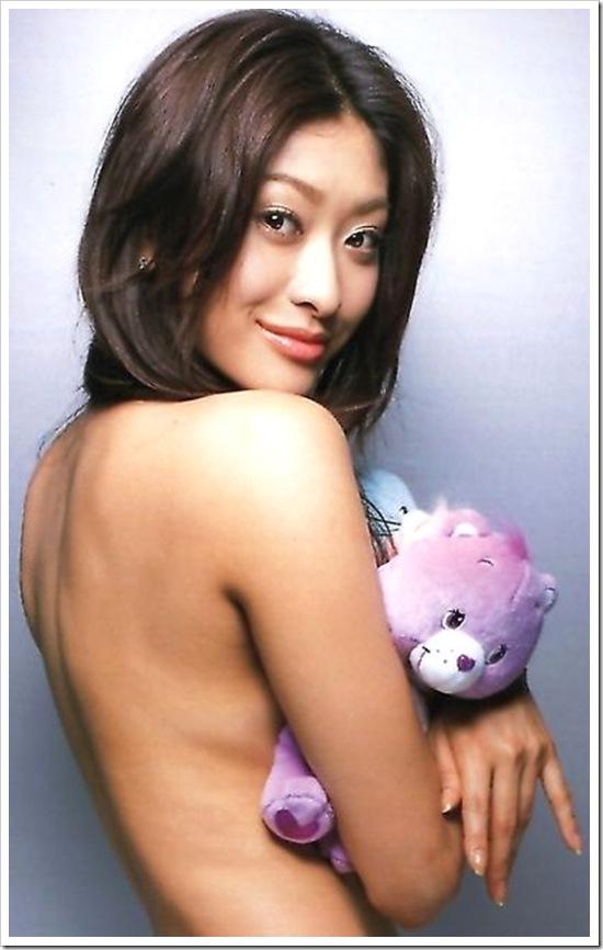 【山田優】下着にハミ乳裸セクシーセミヌードエロ画像・ドキュメンタリー 『Aloha nui loa』動画