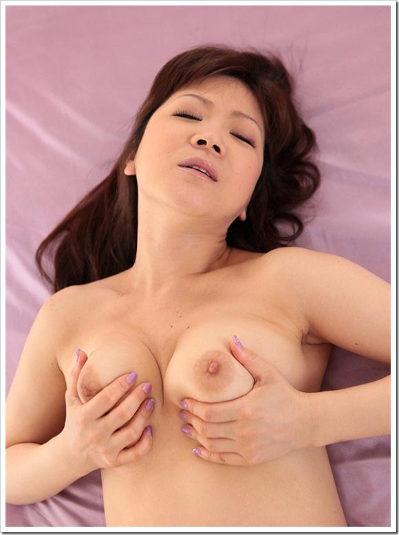 【美熟女】お宝熟れた美乳おっぱい母性