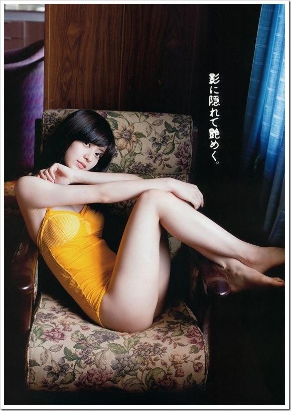 【逢沢りな(グラビア)】お宝セクシー下着で美乳