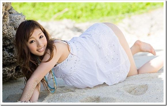 【外国人系美乳】黒崎セシルの色白乳首おっぱい