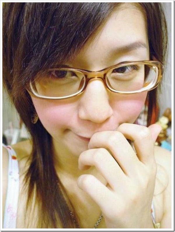 【眼鏡フェチ】可愛い笑顔の