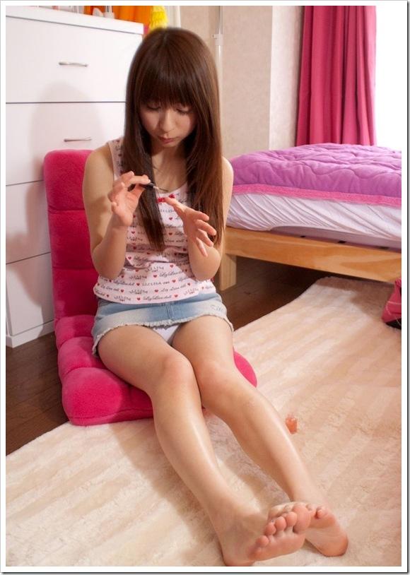 【足指フェチ】彼女の美乳おっぱいやオ〇ンコより萌える