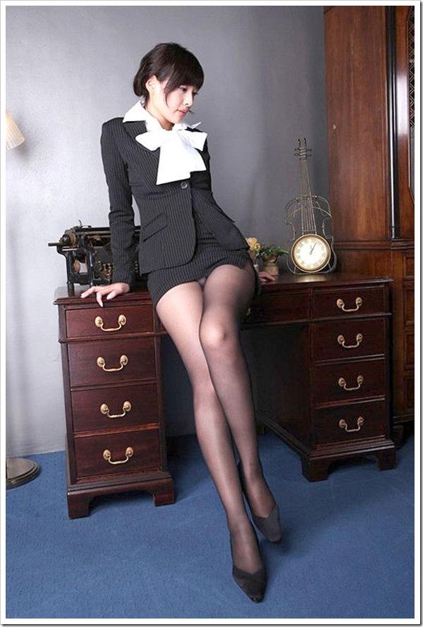 女教師 美乳おっぱい 下着 ブラジャー パンティ